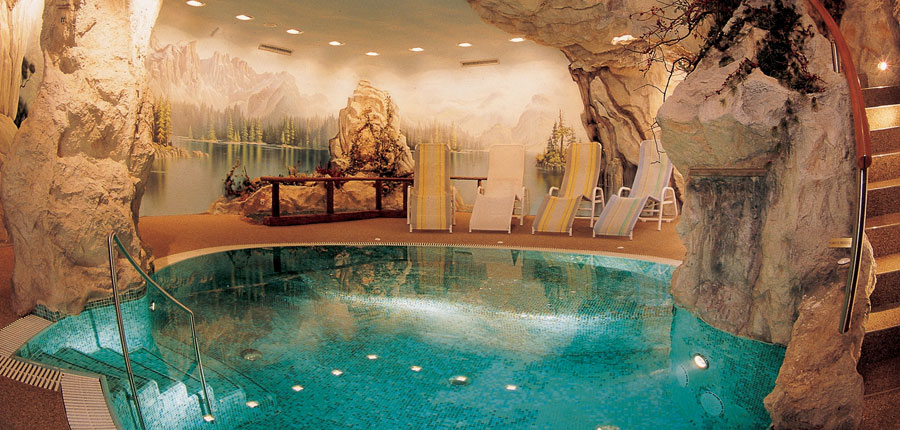 Italy_The-Dolomites-Ski-Area_Ortisei_hotel_adler_spa_pool.jpg